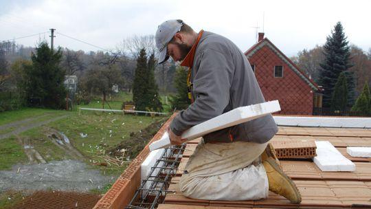 Ako opraviť zatekajúcu strechu