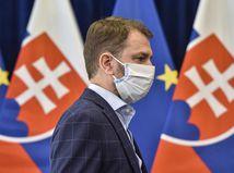 Nasrdený Matovič sa háda s novinármi, že nechápu jeho predstavu o vypnutí Slovenska