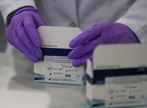 Online: Počty mŕtvych na koronavírus v USA rastú, svet eviduje vyše 820-tisíc prípadov nákazy