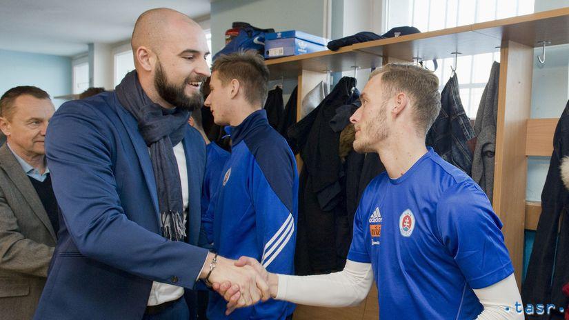SR Futbal FL Slovan zima príprava štart BAX