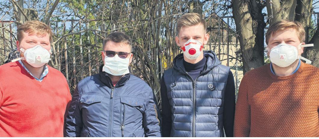 Autormi jednoduchej umelej pľúcnej ventilácie...