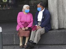 Online: Koronavírus má vyše 60-tisíc obetí, epicentrom nákazy sú USA