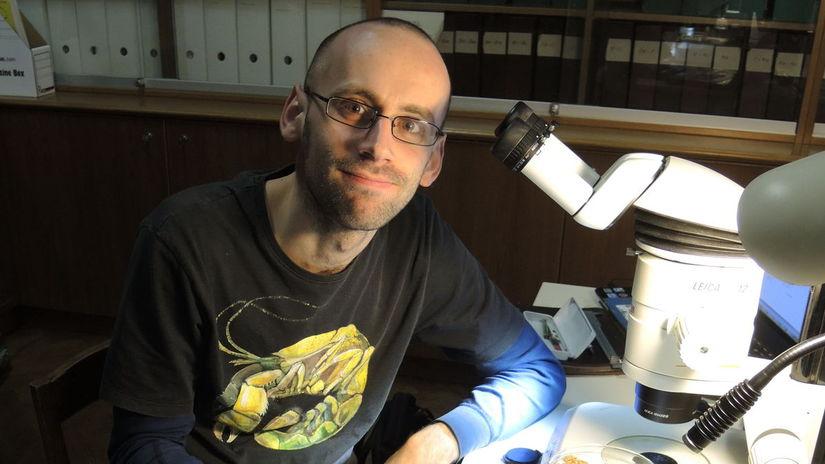 Matúš Hyžný, mikroskop, paleontológia, výskum