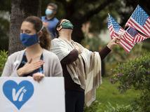 Online: USA sú podľa Trumpa na vrchole krízy koronavírusu