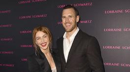 Tanečnica a herečka Julianne Hough a jej manžel Brooks Laich na archívnom zábere.