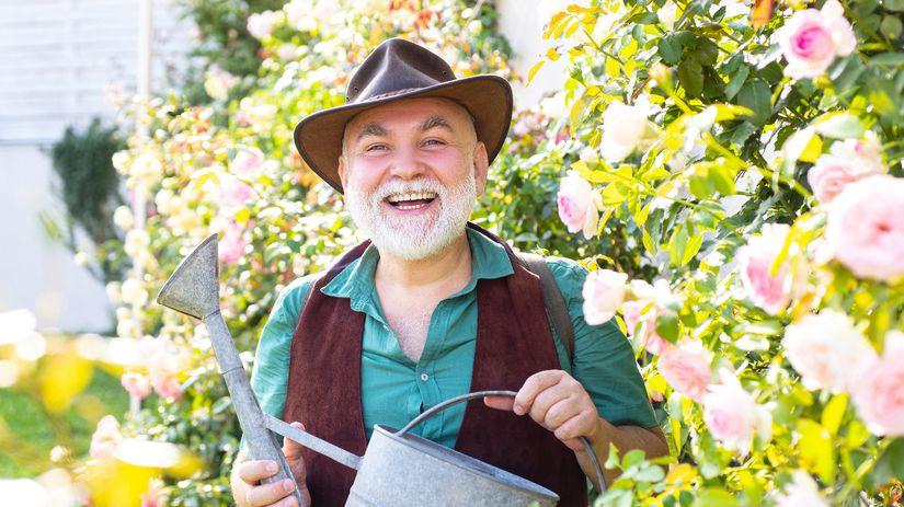 starček, senior, dôchodca, záhrada, krhlička,...