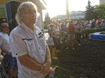 V Martine napadli výtvarníka Petra Kalmusa, po ošetrení ho prepustili domov