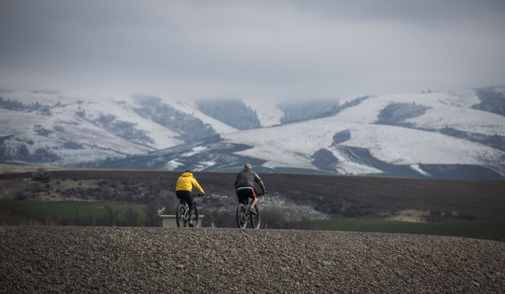 Washington, cyklisti, hory, príroda, turisti, bicykel