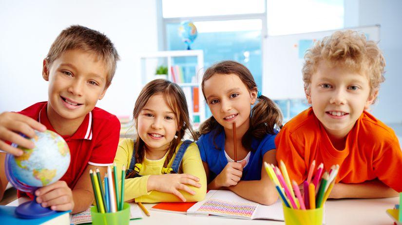 deti, škola, prváci, farbičky, učenie