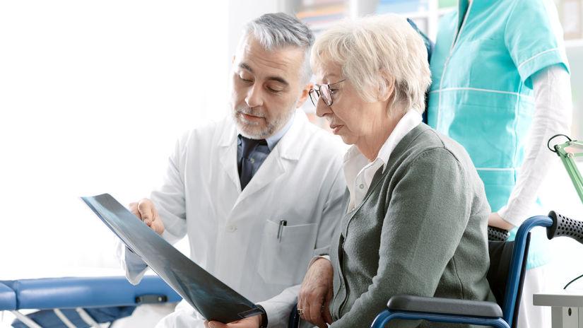 doktor, röntgenová snímka, dôchodkyňa,...