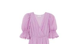 Dámske šaty s výrazným volánom H&M Conscious. Predávajú sa za 39,99 eura.