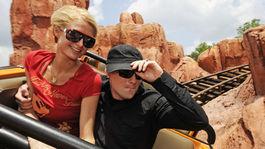 Paris Hilton a jej bývalý priateľ Benji Madden na zábere z mája 2008.