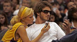 Paris Hilton a jej niekdajší partner Stavros Niarchos na zábere z apríla 2006.
