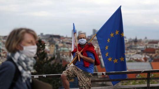 EÚ / Vlajka / Zástava / Praha /