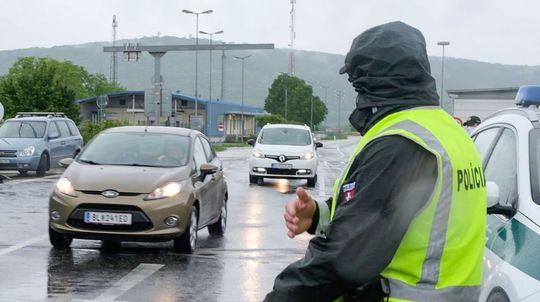 Slovensko otvorilo hranice s niektorými susedmi