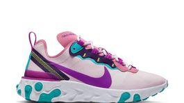 Dámske tenisky Nike, predávajú sa za 149 eur.