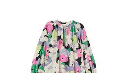 Šaty s florálnym motívom H&M Conscious, predávajú sa za 39,99 eura.