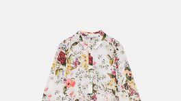 Šaty s florálnym motívom Zara, predávajú sa za 49,95 eura.