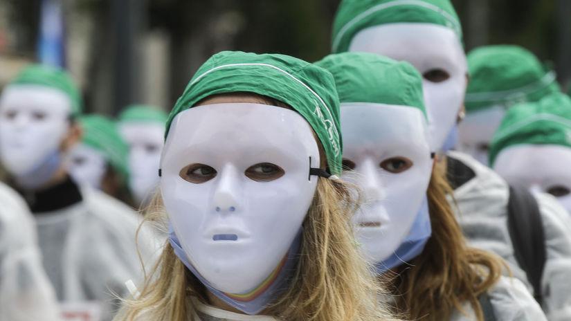 talinasko koronavírus maska zdravotne sestry