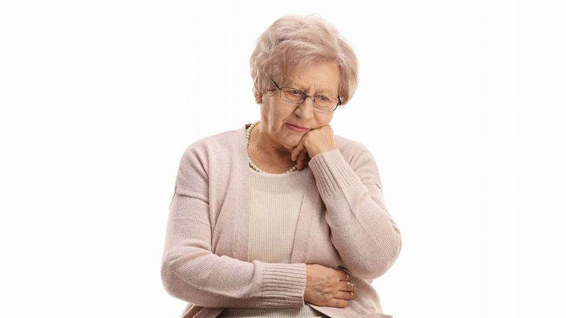 dôcodkyňa, babička, sedenie, rozmýšľanie