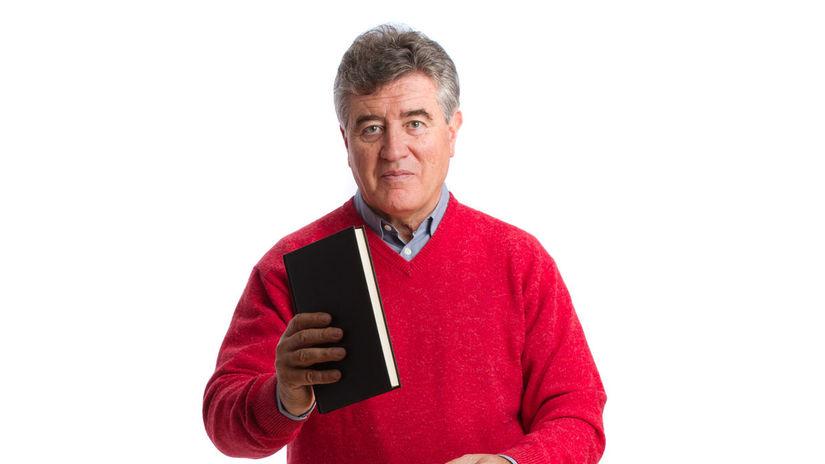 muž, právnik, kniha, dôchodca, vzdelanie