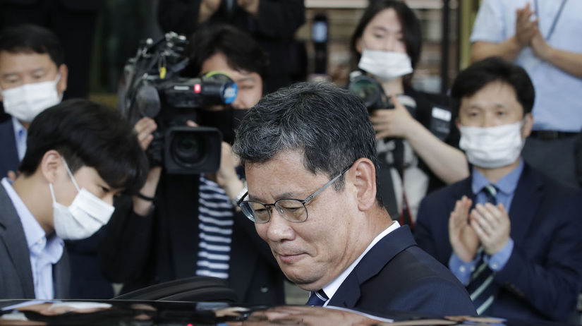 Kórea KĽDR minister zjednotenie odstúpenie...