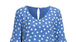 Tip šiat na postavu v tvare jablka: Bodkované tunikové šaty. Predáva Cellbes za 69,95 eura.