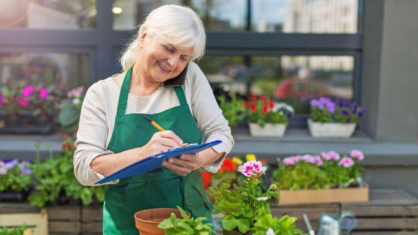 dôchodkyňa, práca, kvetinárstvo, písanie,...
