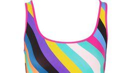 Dámske jednodielne plavky s prúžkovaným vzorom Diane von Furstenberg. Predáva za 104 eur Net-a-porter.com.
