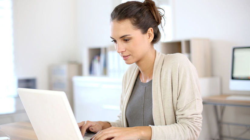 žena, podnikanie, práca, kancelária, notebook