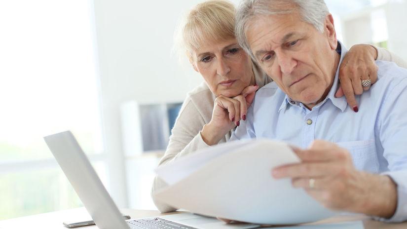 dôchodcovia, penzisti, manželia, papiere,...