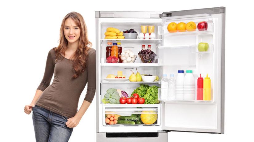 chladnička, žena, potraviny