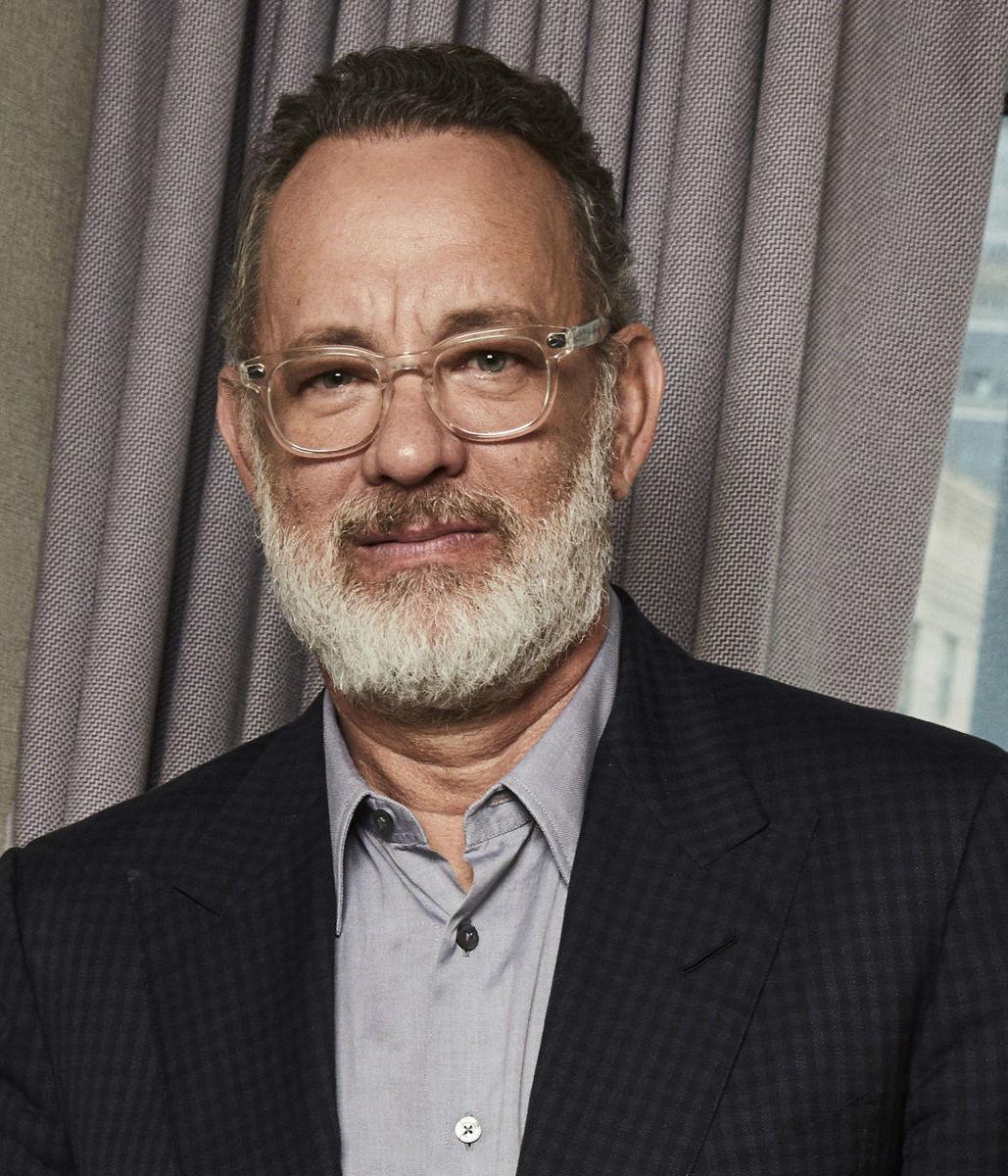 Herec Tom Hanks na promozábere k novému filmu...