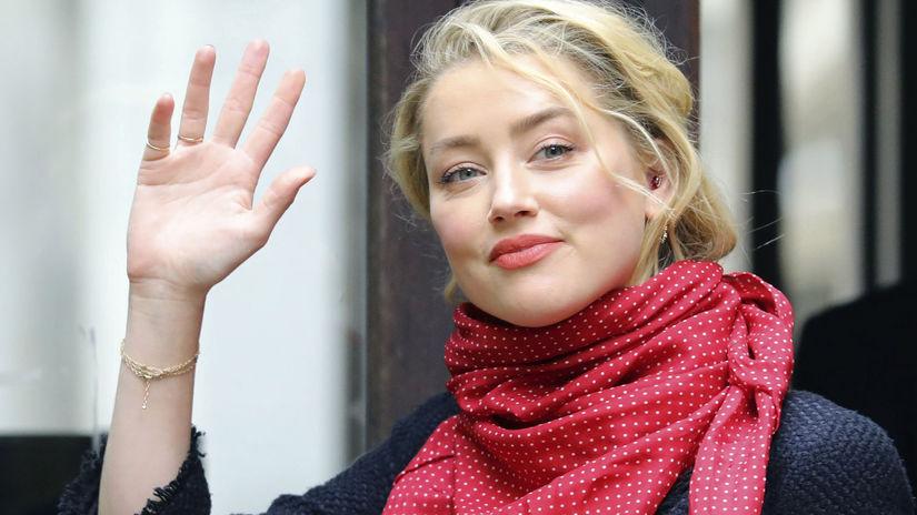Herečka Amber Heard chodí na londýnsky súd s...