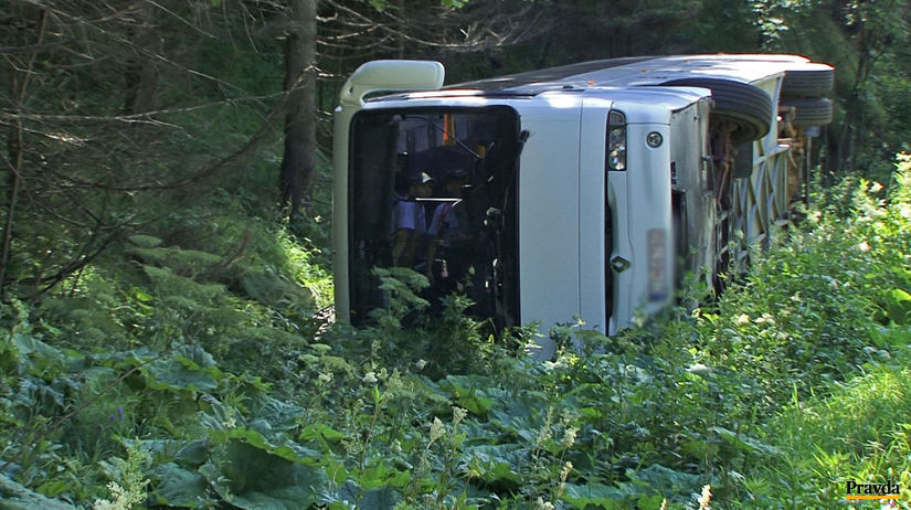 autobus nehoda