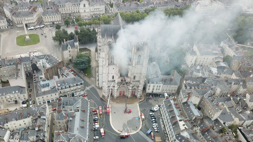 francúzsko katedrála požiar