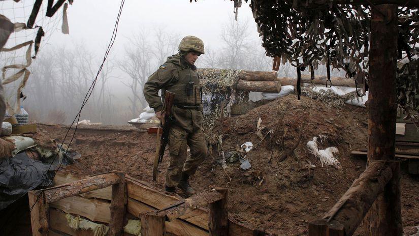 Donbas / Ukrajina / Vojak /