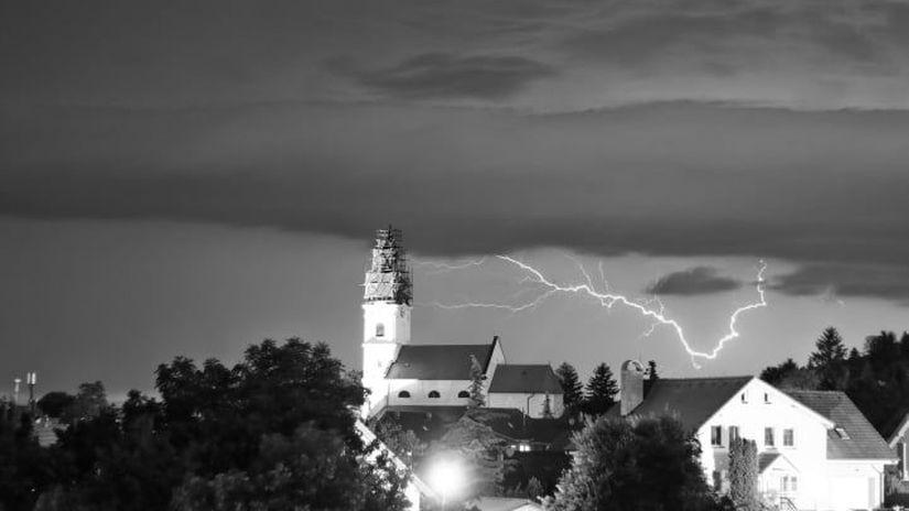 blesk, Devín, obloha, búrka