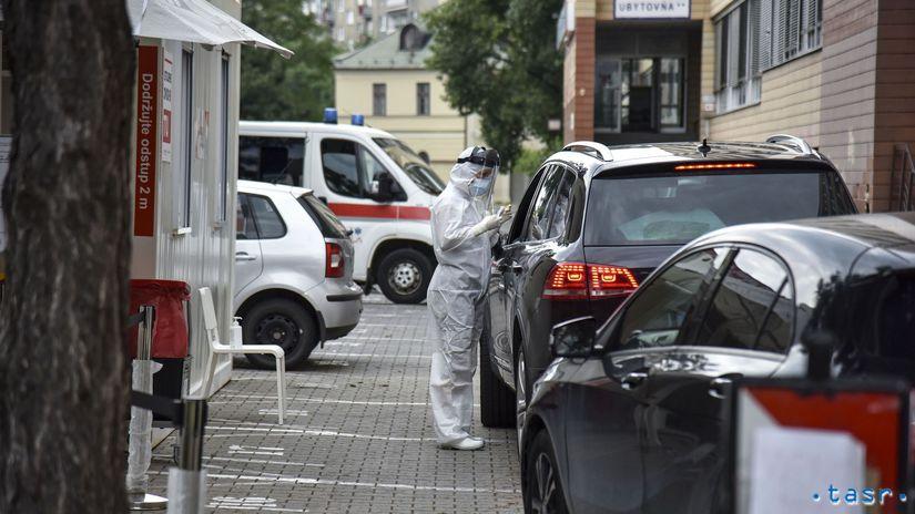 Bratislava koronavírus test Drive-through