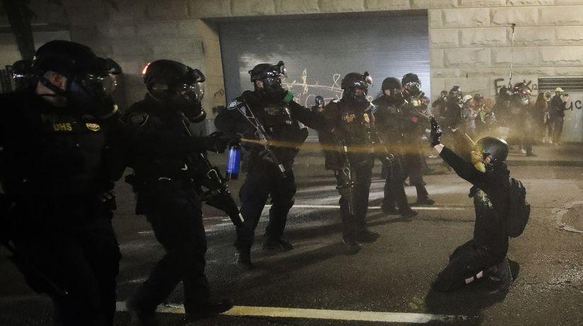 USA portland oregon demonštrácia protest...