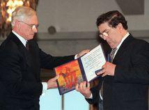 John Hume cena Nobelová