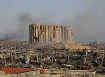 Masívne výbuchy v Bejrúte usmrtili vyše sto ľudí, pomoc posielajú viaceré krajiny