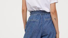 Široké voľné džínsy H&M. Predávajú sa za 19,99 eura.