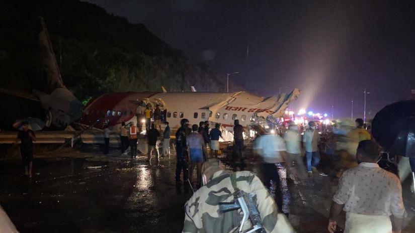 LIETADLO havária india
