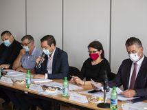 Krajčí: Na Slovensku je druhá vlna pandémie