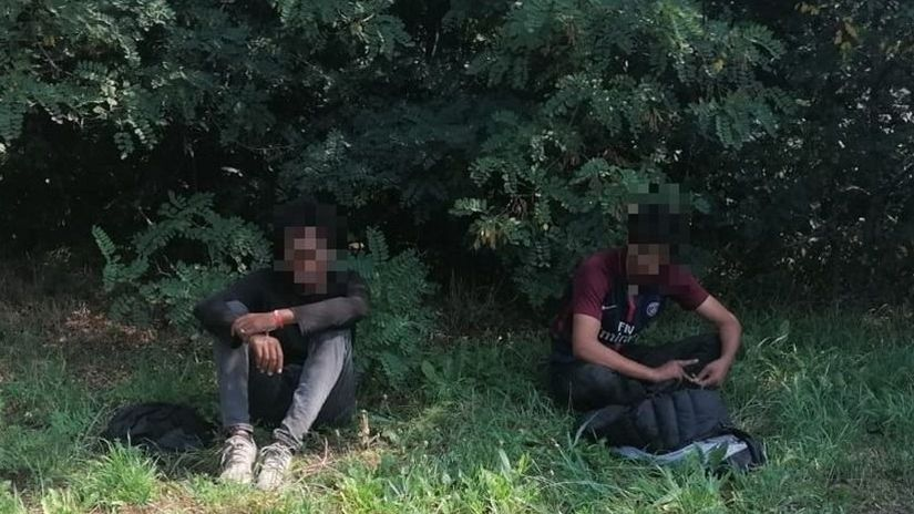 migranti, polícia