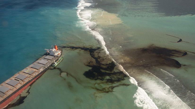 Maurícius loď ropa únik