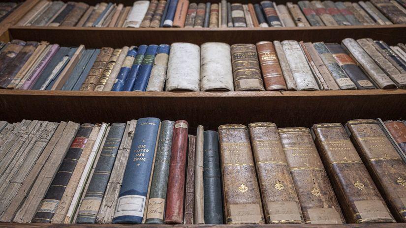 SR Kežmarok Lyceálna knižnica historická POX