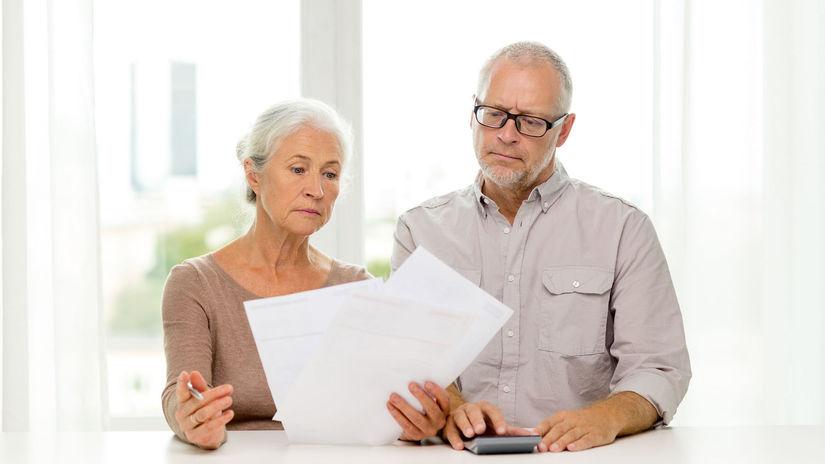 seniori, manželia, papiere, starosti, sklamanie