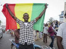 Mali / Afrika / Junta / Prevrat / Vlajka / Zástava /